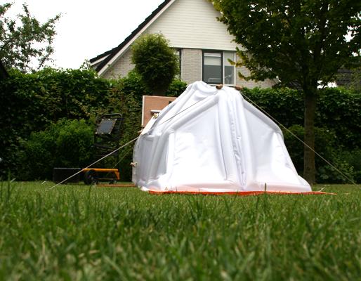 neok_design_inflatable_house_experiment_koen_venneman_front